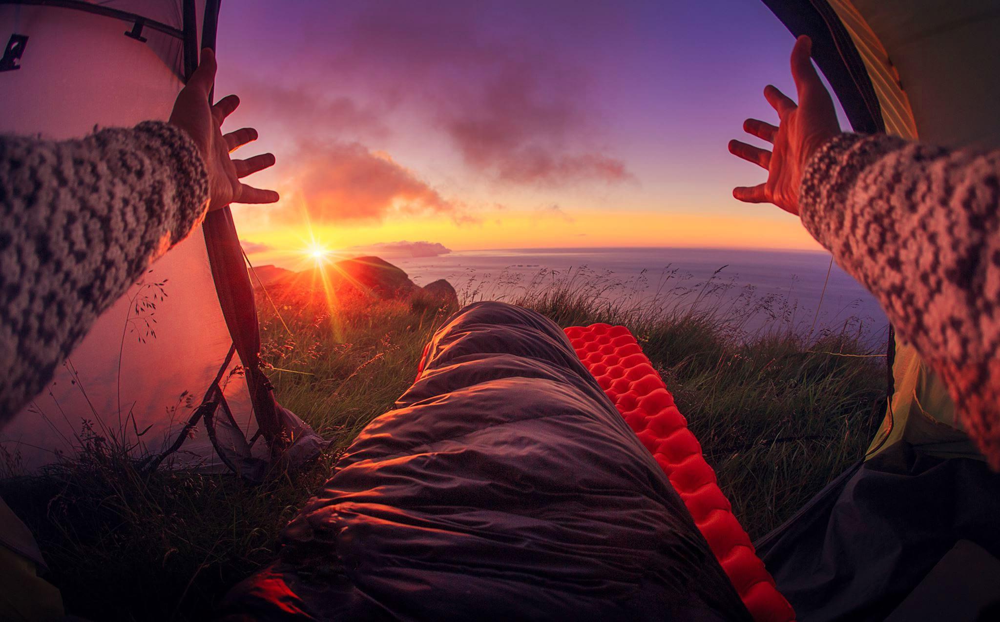 Soloppgang og morgon i teltet Stord folkehøgskule