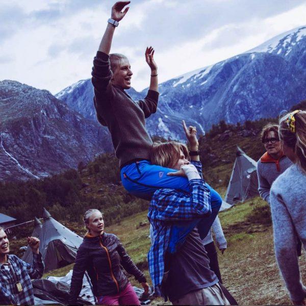 Leik på camping-plassen Stord folkehøgskule